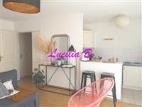 Immobilier de prestige : Appartement type 3 avec garage proche Bretonneau | Lucilia B. : votre spécialiste de l'immobilier sur Tours et environs