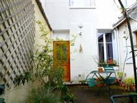 Immobilier de prestige : Location maison avec jardin | Lucilia B. : votre spécialiste de l'immobilier sur Tours et environs
