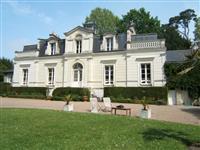 Immobilier de prestige : Vente propriété Prestige | Lucilia B. : votre spécialiste de l'immobilier sur Tours et environs