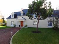 Immobilier de prestige : Maison contemporaine à vendre Prestige - Lucilia Brosset | Lucilia B. : votre spécialiste de l'immobilier sur Tours et environs
