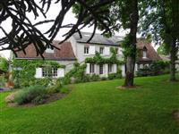 Immobilier de prestige : Propriété XVIIème siècle à vendre - Lucilia Brosset | Lucilia B. : votre spécialiste de l'immobilier sur Tours et environs