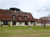 Immobilier de prestige : Vente Propriété - Lucilia Brosset | Lucilia B. : votre spécialiste de l'immobilier sur Tours et environs