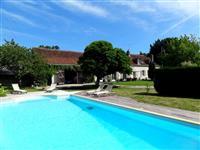 Immobilier de prestige : Vente Longère - Lucilia Brosset   Lucilia B. : votre spécialiste de l'immobilier sur Tours et environs