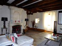 Immobilier de prestige : Vente Maison - Lucilia brosset   Lucilia B. : votre spécialiste de l'immobilier sur Tours et environs