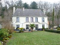 Immobilier de prestige : Demeure de charme à vendre - Lucilia Brosset | Lucilia B. : votre spécialiste de l'immobilier sur Tours et environs