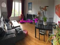 Immobilier de prestige : Appartement Type 2 à vendre - Lucilia Brosset | Lucilia B. : votre spécialiste de l'immobilier sur Tours et environs