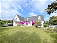 Immobilier de prestige : Vente Villa - Lucilia Brosset   Lucilia B. : votre spécialiste de l'immobilier sur Tours et environs