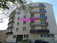 Immobilier de prestige : Appartement Type 3 à louer avec parking | Lucilia B. : votre spécialiste de l'immobilier sur Tours et environs